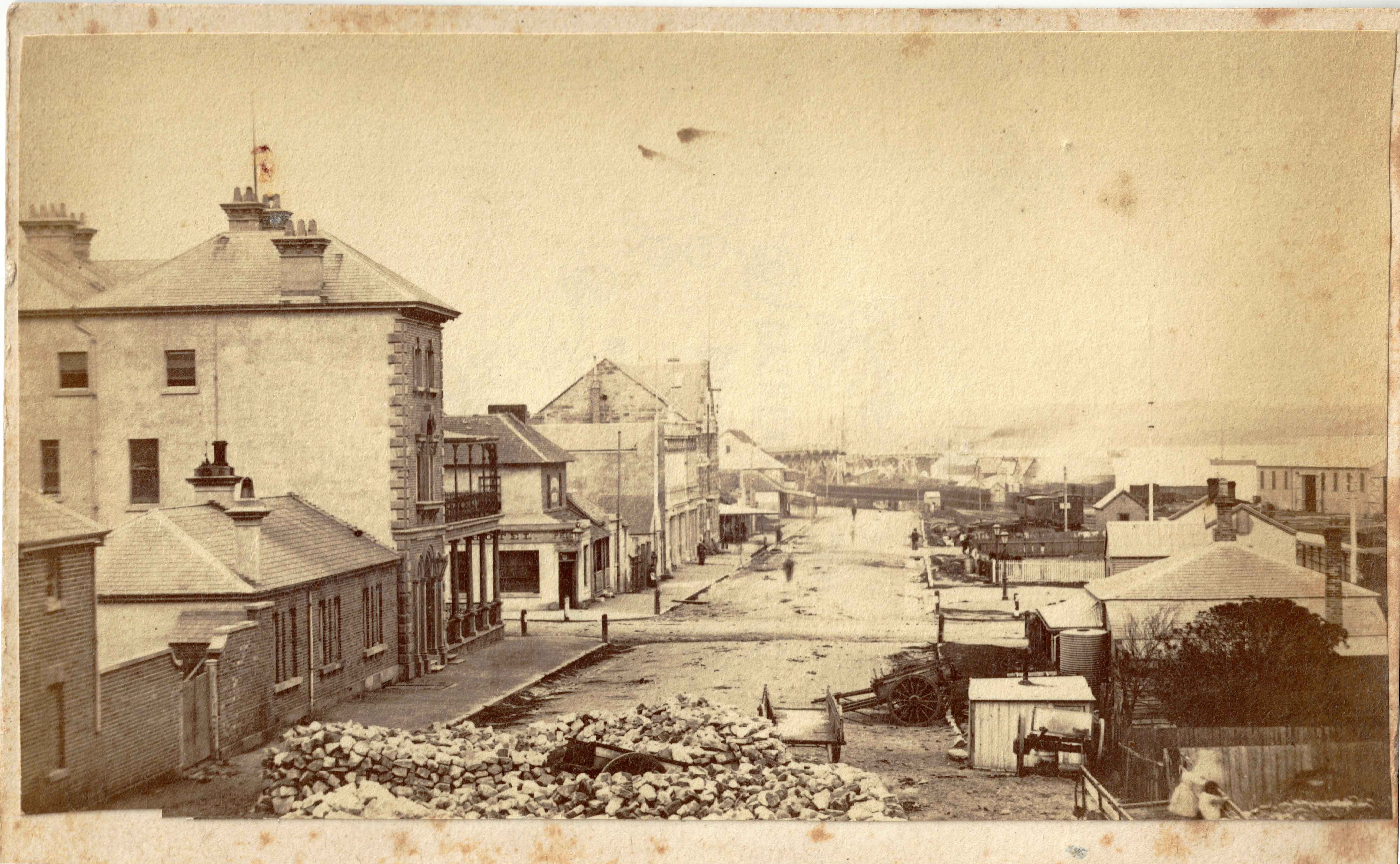 Newcastle Street Scene, circa 22 October 1870 - 1 December 1870 (Photo Credit: Digitised by Anne Glennie from Glennie Family Albums) Click for larger view