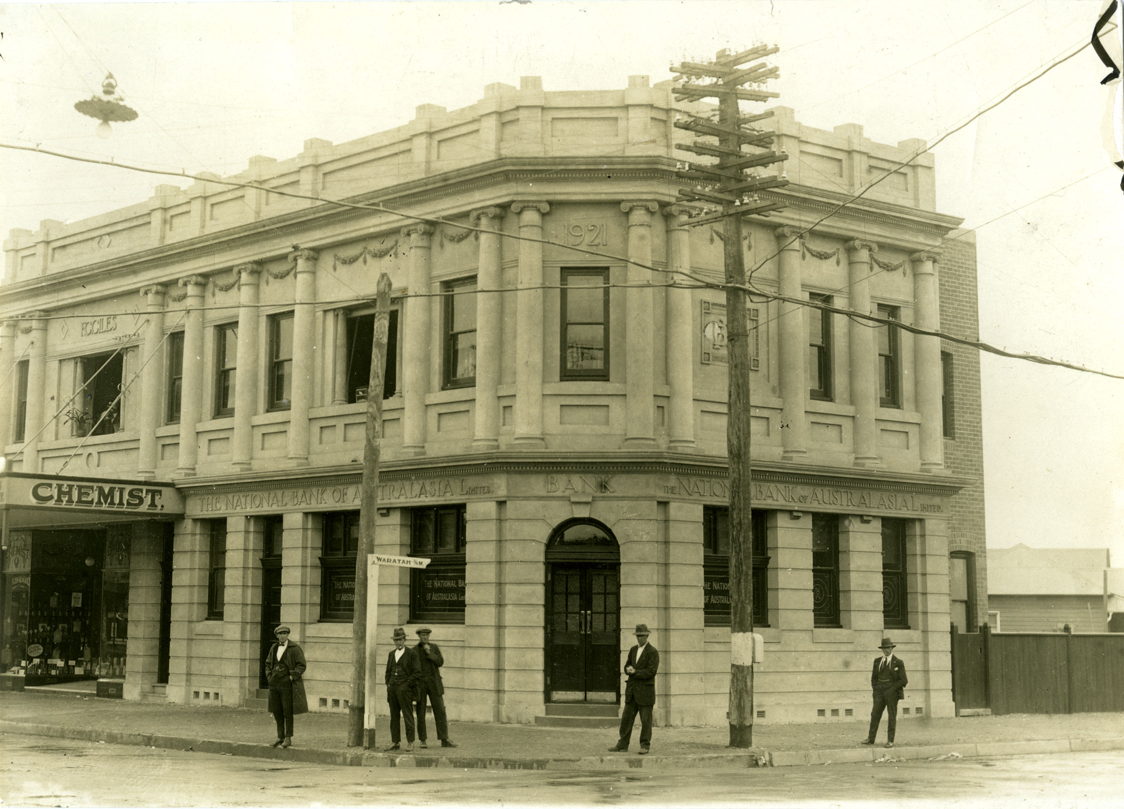 The National Bank of Australasia Limited, Mayfield (N.S.W.) July 1922. Courtesy of the National Australia Bank Archives, Springvale, VIC)