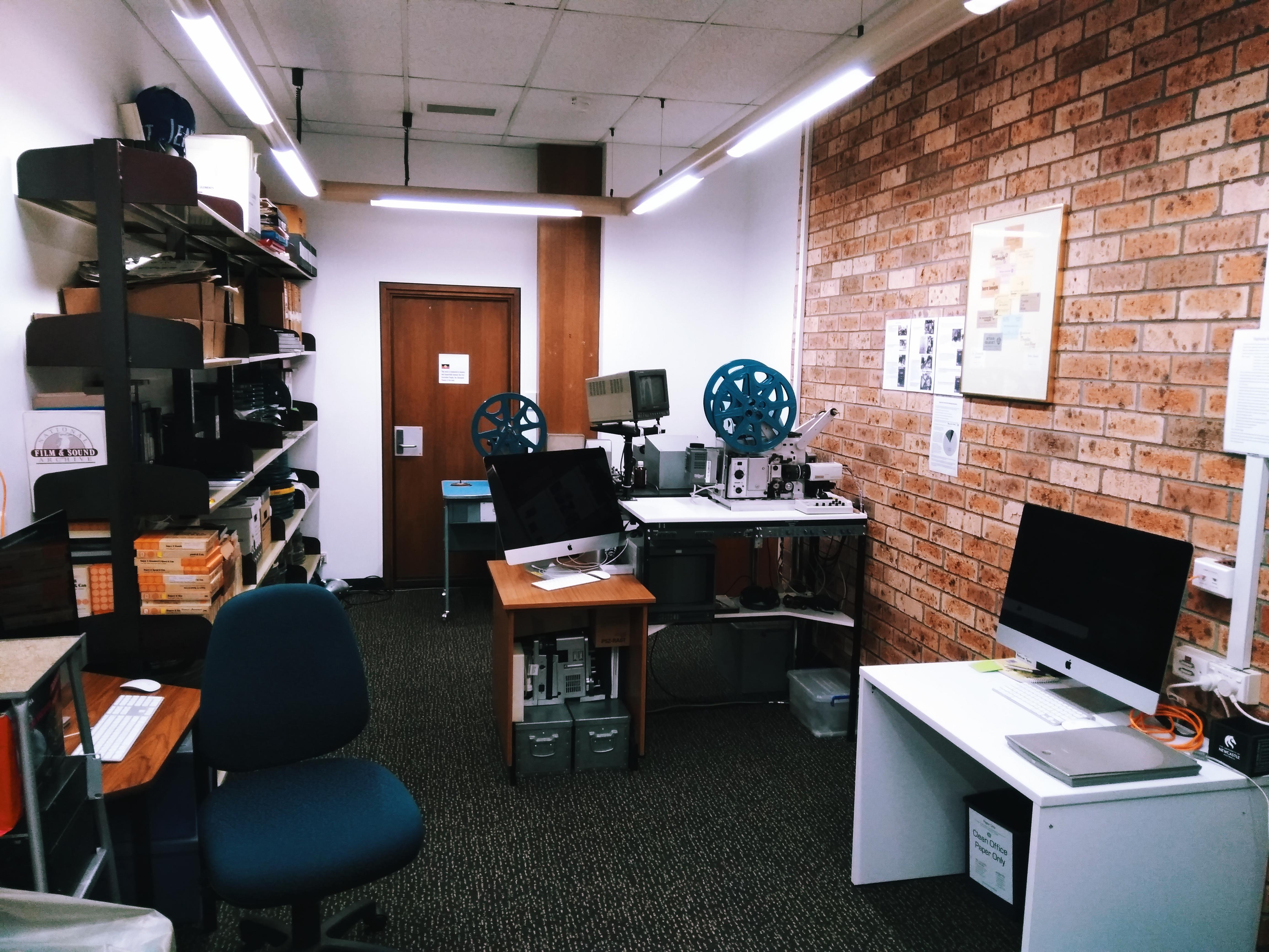 GLAMx digitasation lab.jpg